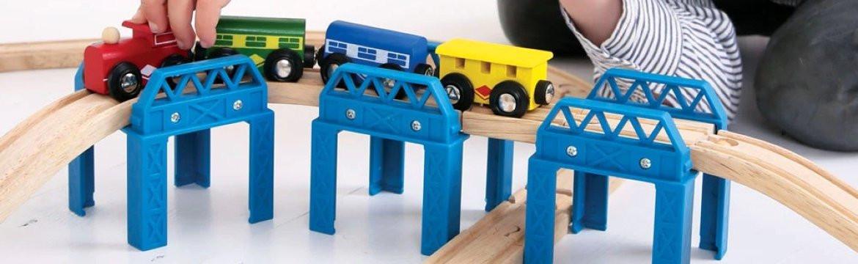 Houten treinrails